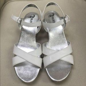 UNLISTED white crisscross wedge sandals sz…